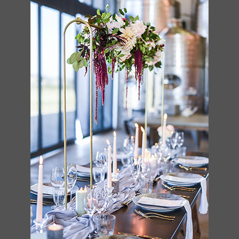 Centrepiece Stands - <p style='text-align: center;'>R 100</p>