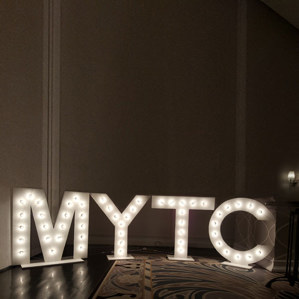 Marquee Giant Light Up Letters  - <p style='text-align: center;'>R 350</p>