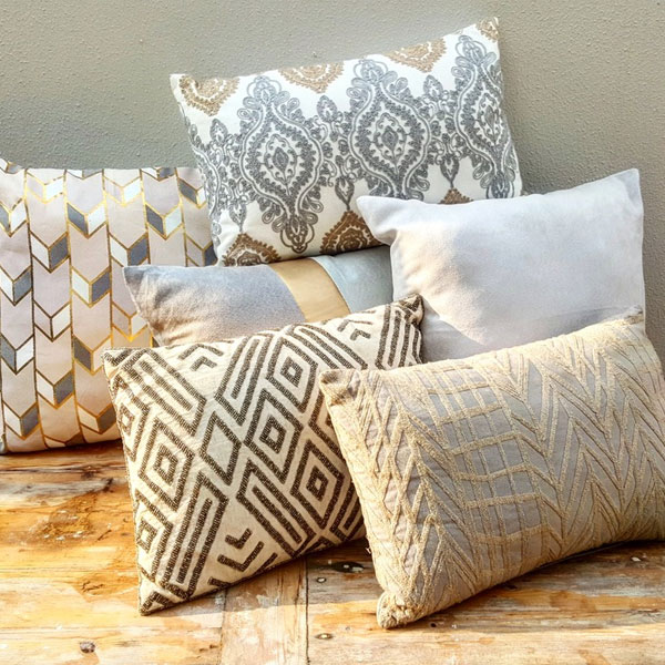 Scatter Pillows - Natural Textures - <p style='text-align: center;'>Medium - R 40<br />