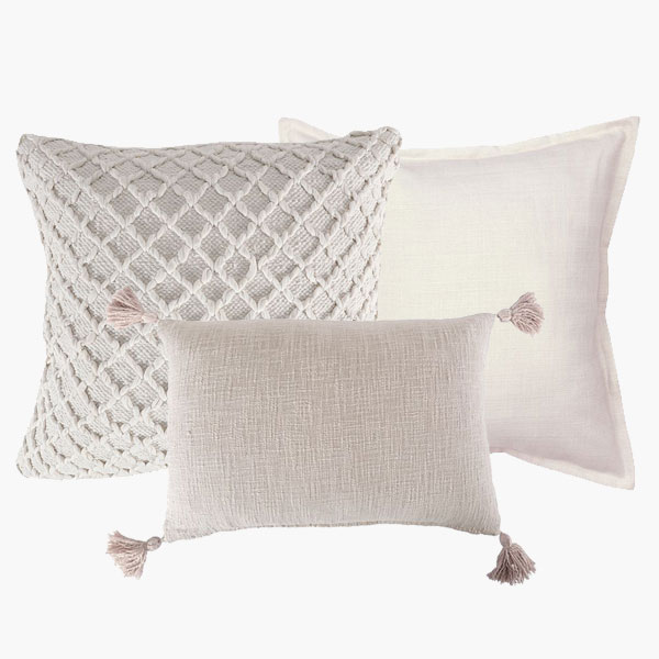 Scatter Pillows White - <p style='text-align: center;'>From R 40</p>
