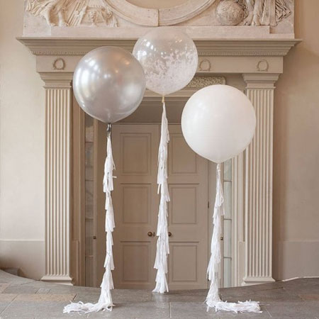 Giant Wedding Balloons - <p style='text-align: center;'>R 30</p>